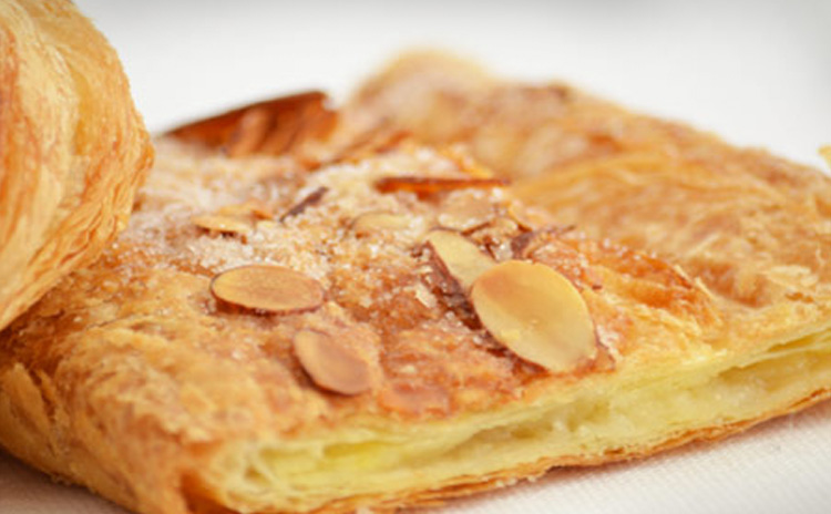 European desserts, breads, cookies, pastries, mincemeat strudels